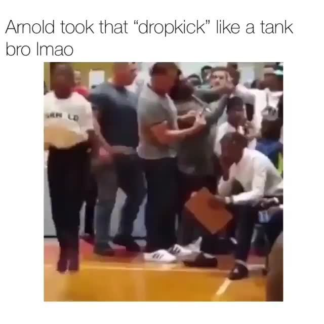 "Arnold took that ""dropkick"" like a tank, bro Imao"
